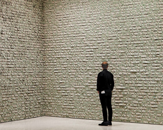 Hans-Peter Feldmann, Walls of a room covered in dollar bills, Guggenheim Museum, New York, 2011