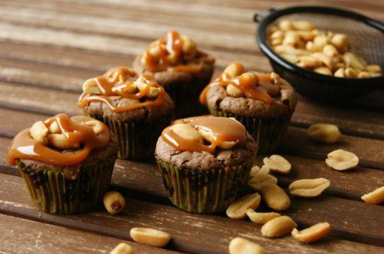 Snickersbrownie med peanøtt karamell