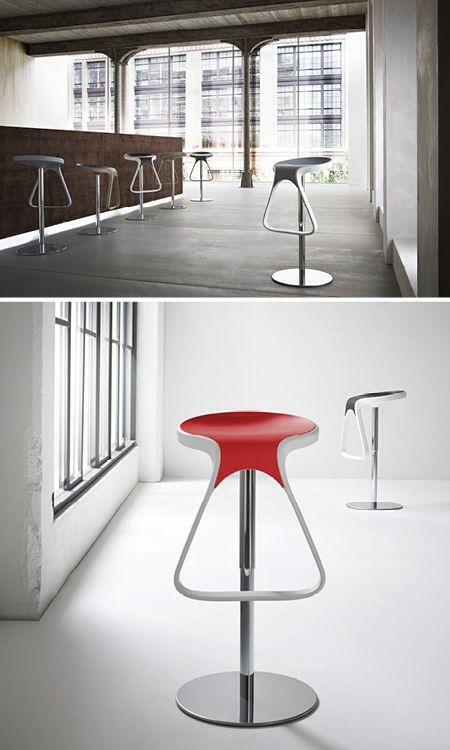 Sgabelli di design: acciaio, bianco e colore Stools design: steel, white and color Photo: www.auber.it