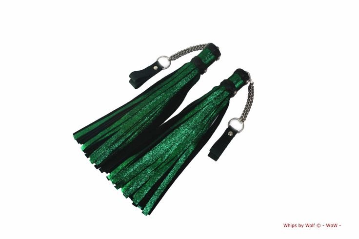 Set of leather bdsm poi floggers - ±45 falls each - Heavy stainless steel chainmail - sparkle glitter green - Mostly thud - Genuine leather by WhipsbyWolf