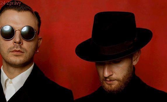 Britské duo Hurts představí v Praze nové album