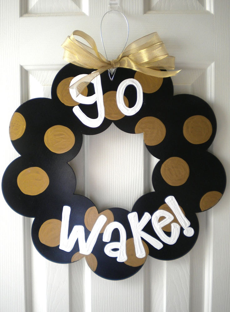 Wake Forest Polka Dot Wood Wreath.  Great for the front door during football season!