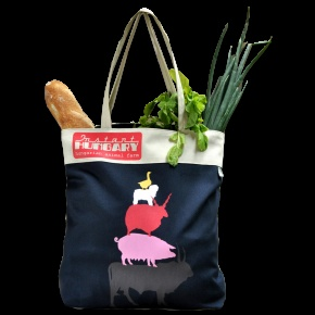 If you know Brementown Musicians you will understand the hidden meaning of this canvas tote. The iconic design of the german tale is redefined now with traditional Hungarian animals like szürkemarha, rackajuh, mangalica, puli and lúd. First 3 tastes delicious, puli is not really for eating but goose liver is the pride of Hungarian cuisine. Hopefully apron will bring the appetite for your everyday cooking!  It's machine washable turning inside out on 30celsius.  Length (cm): 38X45