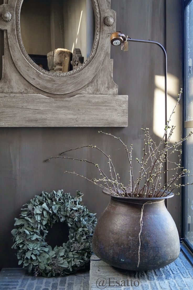 Fresco lime paint from Pure & Original in the color Potato Skin. Cred. Esatto