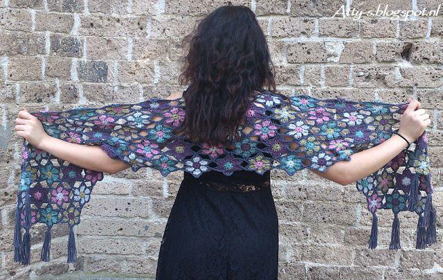 Merino Soft Flower Shawl Pattern/tutorial | Atty's | Bloglovin'