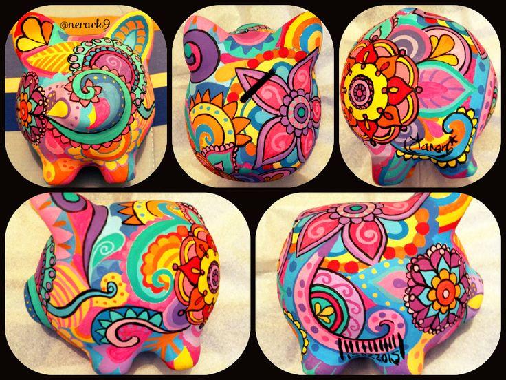 #Porky #Mandala  - Alcancía pintada a mano. Hand painted Ceramic #PorkyBank…