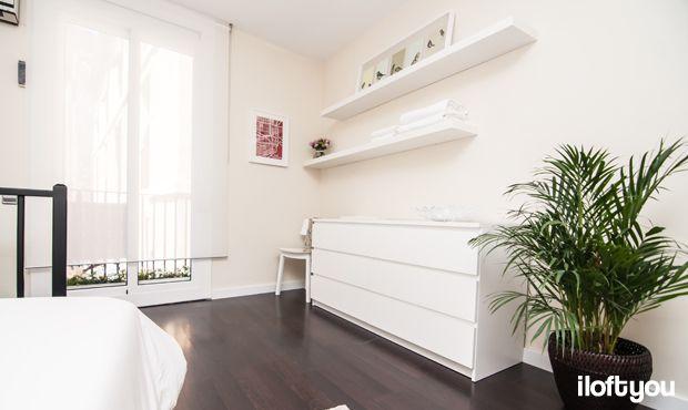 #proyectoboqueria #iloftyou #interiordesign #ikea #barcelona #barrigòtic #lowcost #bedroom #malm #sigurd #enje #lack #ribba #enje