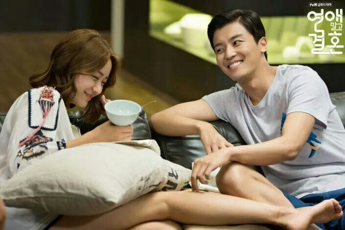 I definitely love Gi Tae and Jang Mi's chemistry. Makes me womder if this could happen for real! 'Marriage Not Dating'