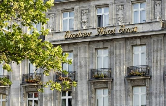 Excelsior Hotel Ernst, Köln Germany. Excellent location & warm atmosphere
