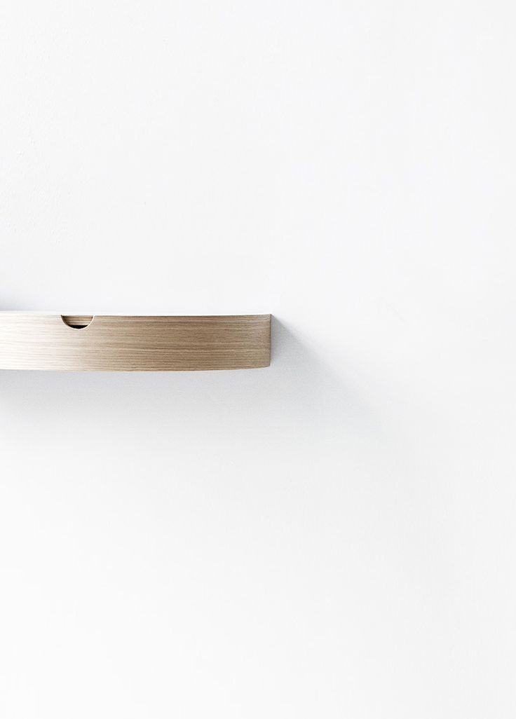 Minimal shelf by Nordic Function | @aesencecom