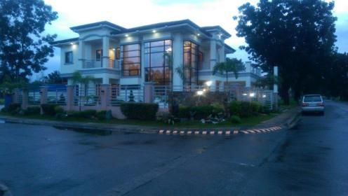 House and Lot in Casa Milan,Fairview Quezon City Price:24,000,000 For more properties for sale in Quezon City,visit: http://metrohouses.net/ Like Metrohouses on Facebook: https://www.facebook.com/metrohousesrealty Follow us on Twitter: https://twitter.com/metrohouses Follow us on Instagram: https://instagram.com/metrohouses/ Check out our latest videos on Youtube: https://www.youtube.com/channel/UChrYdHF9q-u0OVYuf320lUg Contact us: http://metrohouses.net/contact-us-3/