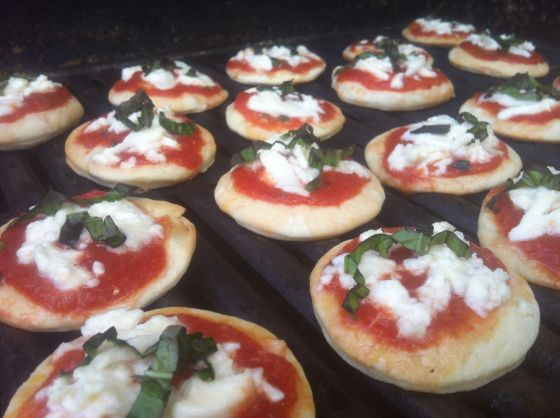 "Grilled Pizzas that will have everyone singing, ""that's amore!"""