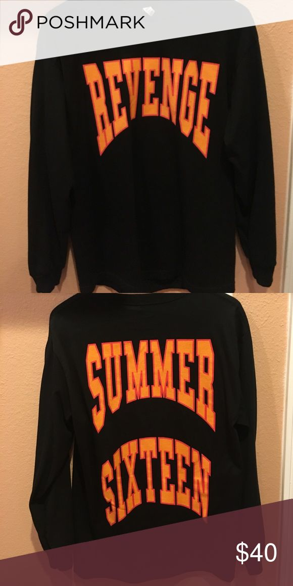"Drake tour tee Drake tour long sleeve. Bought at the concert in LA. Front says ""REVENGE"" And back says ""SUMMER SIXTEEN"" Lightly used, but still in good condition. Tops Tees - Long Sleeve"