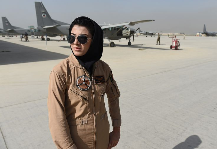 First Female Afghan Air Force Pilot is Seeking Asylum in the U.S. - http://viralfeels.com/first-female-afghan-air-force-pilot-is-seeking-asylum-in-the-u-s/