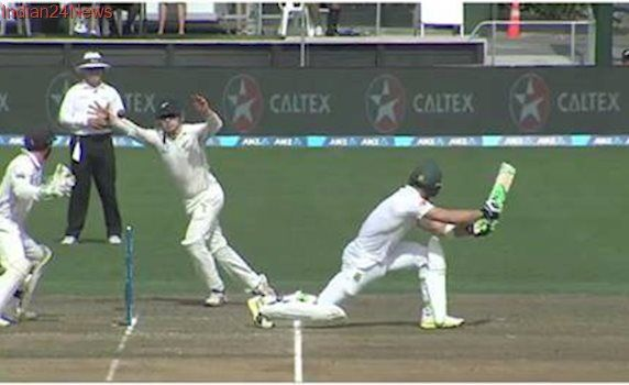 Tom Latham pulls off out-of-this-world catch to dismiss Faf du Plessis, watch video