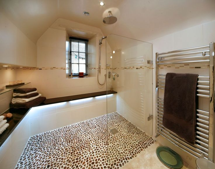 Here is one of the many luxury wet room ideas that we can make a reality.