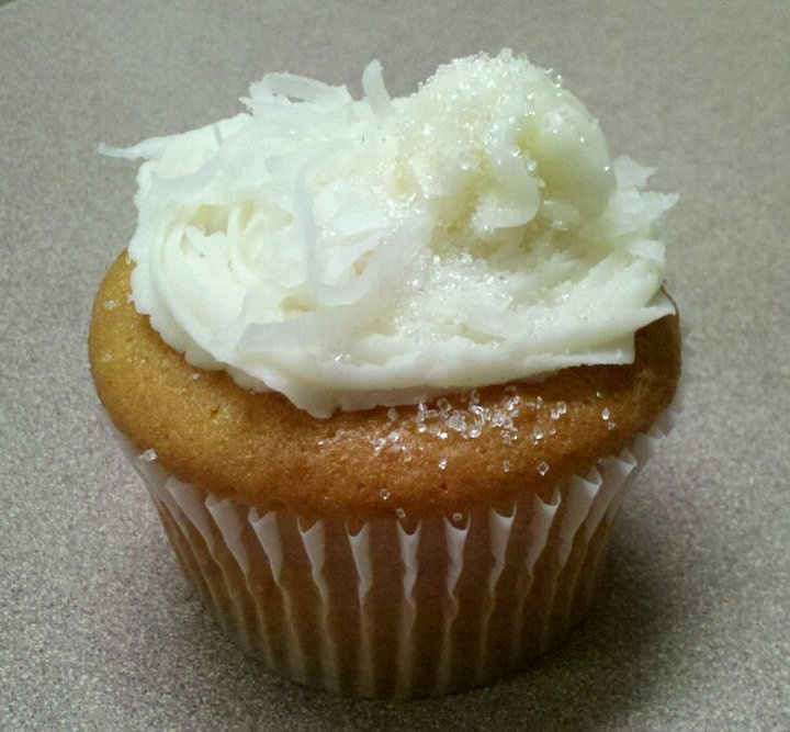 Coconut cupcakes, Coconut and Cupcake on Pinterest