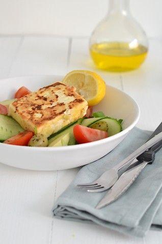 Salade met gebakken feta - Greeks salad #saganaki #healthy #voedselzandloper