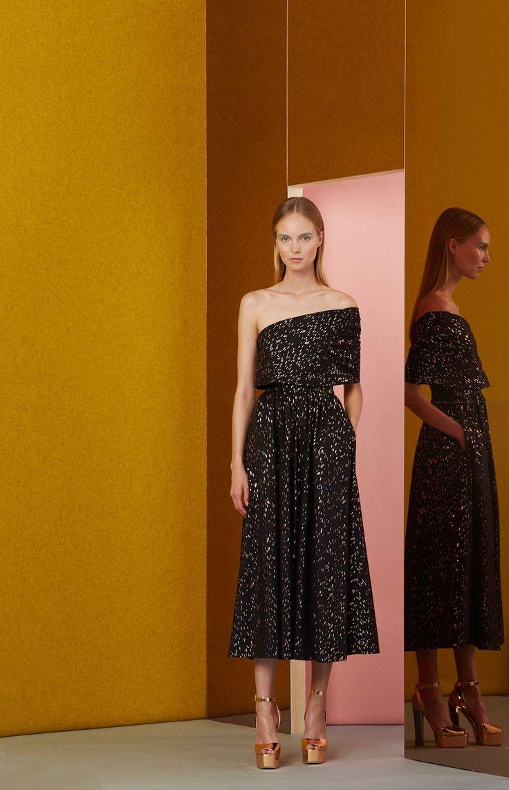 Lela Rose Resort 2017 Fashion Show http://www.vogue.com/fashion-shows/resort-2017/lela-rose/slideshow/collection#3
