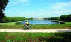 [Yvelines] Rando VTT n°78-62.1 - La Celle-St-Cloud - La forêt de Bois-d'Arcy Depuis la Celle-Saint-Cloud, l'arboretum de Chèvreloup, le parc de Versailles et son Grand Canal, la pièce d'eau des Suisses, le bois de Satory, la forêt de Bois d'Arcy, la plaine de Versailles, le lavoir de Rennemoulin, la forêt de Marly et le parc de Marly.