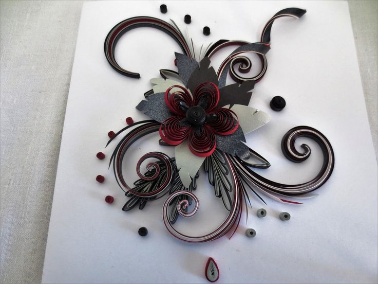 QUILLING RED AND BLACK