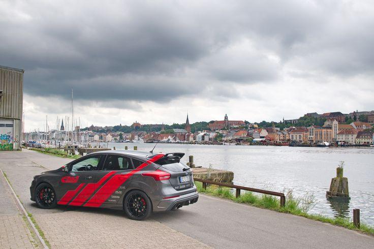 Ford Focus RS Eibach Edition auf OZ Racing Leggera HLT Felgen