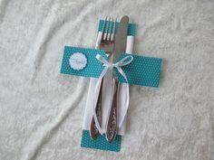 """dekorative Bestecktasche mit dem kleinen Wunsch """"Guten Appetit"""",  hier in Kreuzform passend zu meinen Konfirmationseinladungen im Shop.   wird ohne Serviette geliefert  ..."""