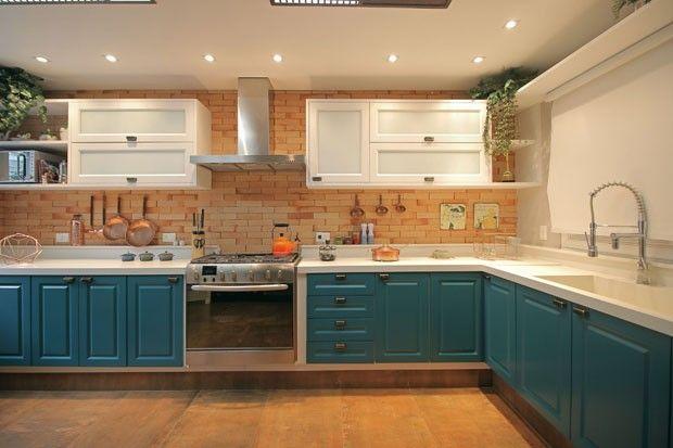 Conheça a cozinha de tijolinhos de José Loreto e Débora Nascimento (Foto: Gustavo Bresani)
