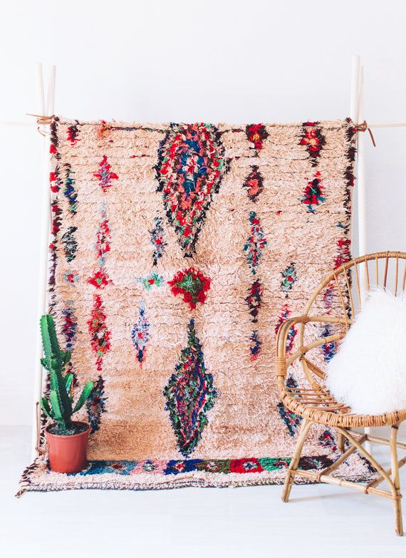 Vintage marocaine Ourika Boucherouite tapis Wall Hanging, rose Bohème berbère