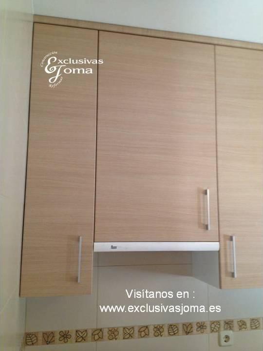 Muebles de cocina a medida en madera color haya jaspeado for Colores de granito para encimeras