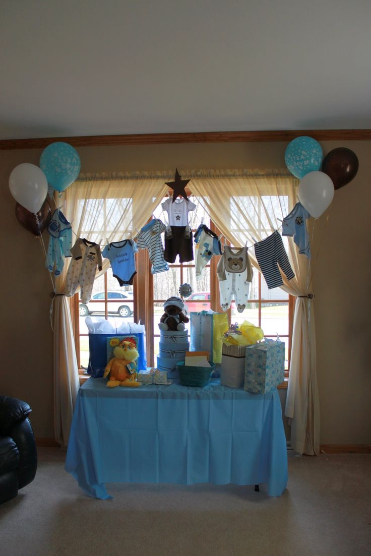 Clothesline baby shower decorations google search for Baby boy decoration