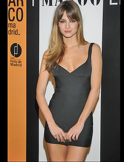 17 best images about back in black on pinterest ashley for Ariadne artiles nutricion
