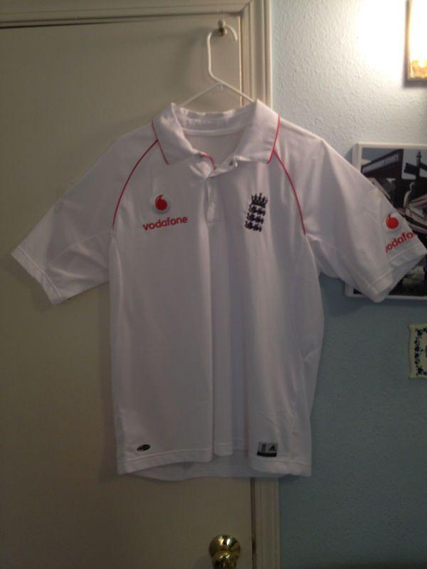 England Cricket Shirt Admiral White Size Large 42/44