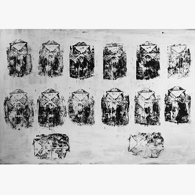 Ta Roucha Ton Pethamenon (Dead Men's Clothes) {detail} - 2015