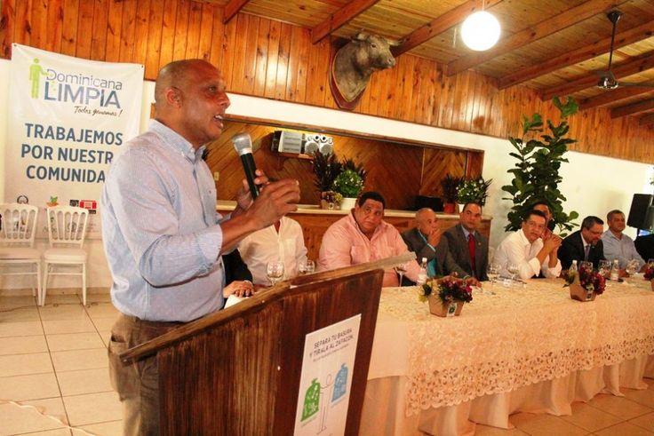 Santos explicó que pueblos de más 500 años de fundado reciben este plan que es la tarea fundamental de los gobiernos locales y qu...