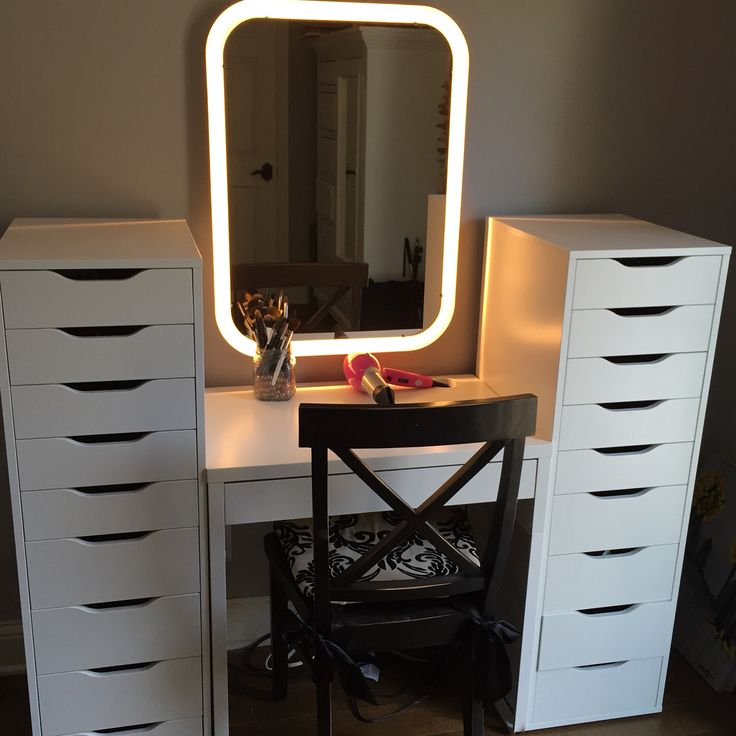 Ikea makeup station 1 micke desk 2 alex drawer sets 1 for Illuminated mirrors ikea