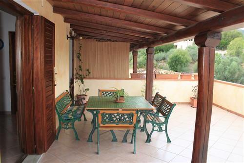 166 best images about offerte immobiliari orizzonte casa for Piani di veranda coperta