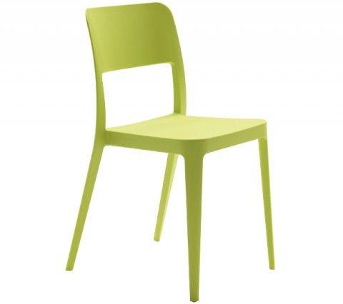 Nenè, sedia impilabile con struttura a quattro gambe, realizzata in polipropilene. Adatta ad uso esterno, è disponibile in sette diversi colori. Impilabile fino a otto unità.