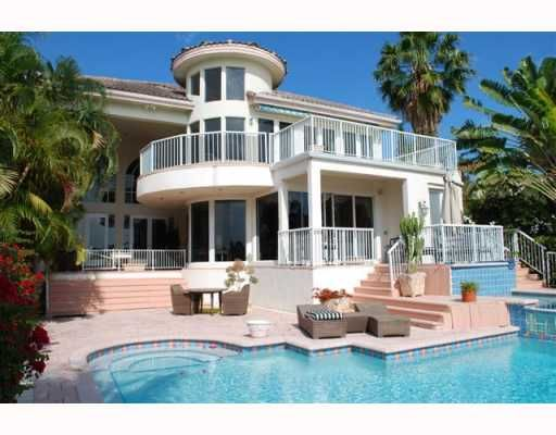 16 best images about mansions on pinterest mansions for Best houses in miami