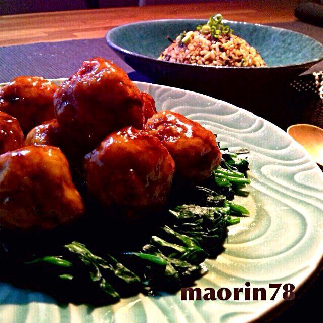 レシピに入れ忘れたけど、玉ねぎはレンジで2分チンしてます。たっぷりの玉ねぎで柔らかい団子に仕上げました! 子供も大喜びです( •ॢ◡-ॢ)-♡ - 160件のもぐもぐ - 柔らかジューシー肉団子の甘酢あんかけ☆ひじき炒飯 ꒰◍'౪`◍꒱۶* by maorin78