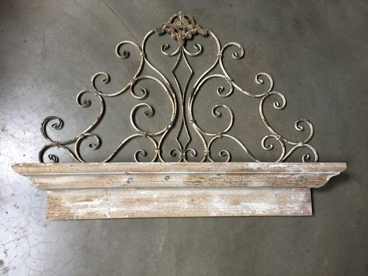 Prachtig stoer houten wandconsole wandplank met metalen decoratie ...