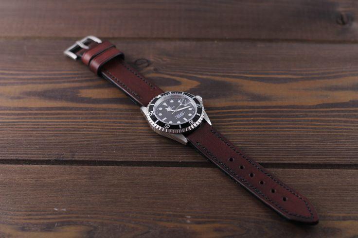 Handmade brown cognac watch strap #watch #watchstrap #leatherwatchstrap #watchband #leather #mrhaidukoff #watchgeek #watchnerd #watchuseek #leatherworks #wirstshot #wirstwatch #steinhart #steinhartwatch #steinhartoceanone #diverwatch #swisswatch #menfashion #menstyle