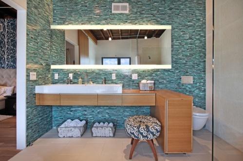 Descubre un mundo de espejos para baños en nuestras tiendas.