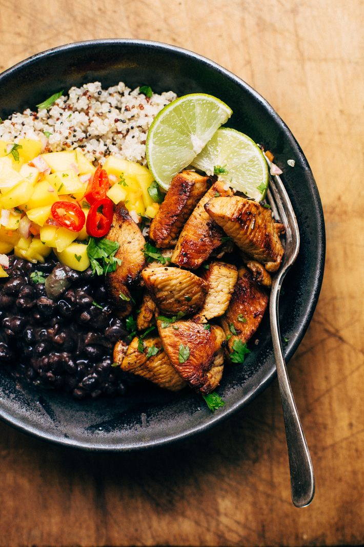 Cuban Mojo Chicken Quinoa Bowls with Mango Salsa and Black Beans - These bowls are bright and flavorful! The perfect quick meal to prep.