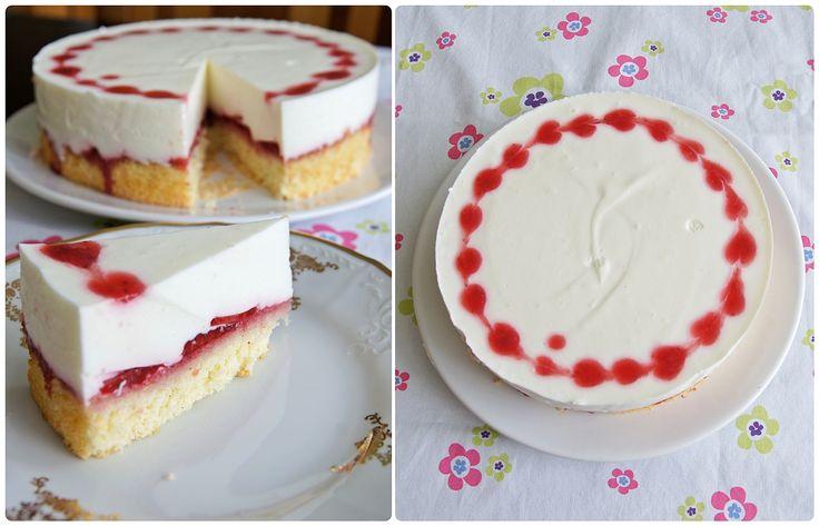 Svěží jahodovo-jogurtový dort