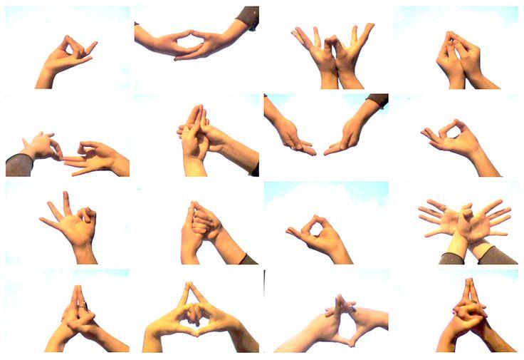 MUDRAS. GESTOS Y ACTITUDES PSÍQUICAS  http://unrespiro.es/detaille-blog/mudras  En el artículo de hoy explicamos qué son los Mudras y cuál es su importancia en el Hatha yoga.  NAMASTE  www.unrespiro.es  Técnicas de desarrollo y evolución personal on line  (Yoga, Meditación, Meditación guiada, Reajación, Pranayama, Tai chi, Pilates, PNL, Coach on line y mucho más)