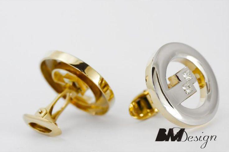 Spinki do mankietu z platyny z diamentami Męska biżuteria . Projekt i wykonanie BM Design  #Rzeszów #złotnik #pracowniazłoticza #BM #diamenty #diament #brylant #naprawa #nazamówienie #herb #sygnet #pieczęć