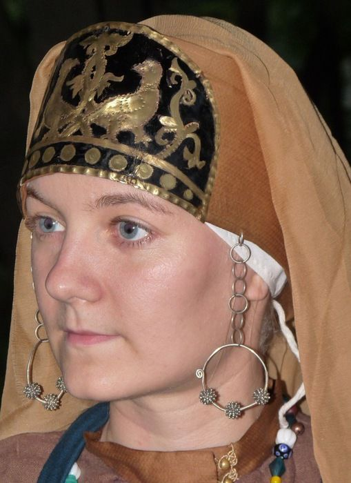 Suzdal/Vladimir XII century headdress reconstruction. It's silk covering a birchbark frame, with a bronze panel.