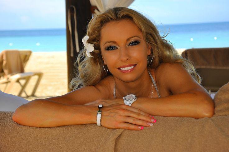 International celebrity artist Monika Jensen
