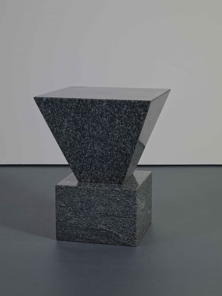 Scott Burton Café Table 1984. Serizzo Scuro Granite Ed. 3/10 71.1 x 22 x 22 cm